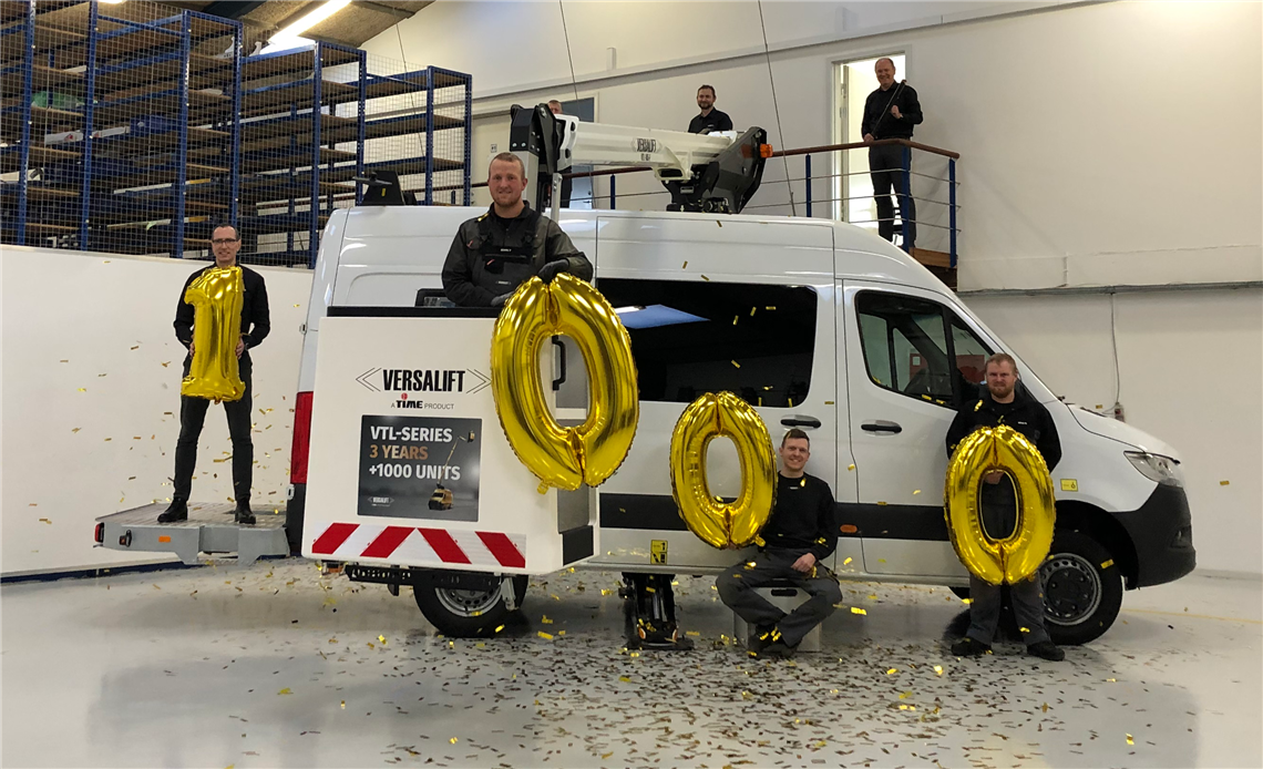 Versalift produces 1000 VTL