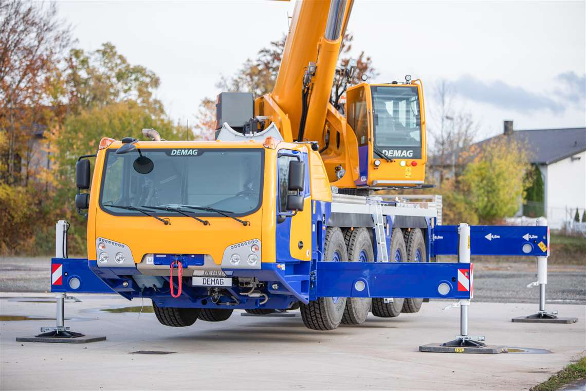 The new 80 tonne capacity Demag AC 80-4 fits between existing models in both the Demag and Tadano ranges of all terrain cranes