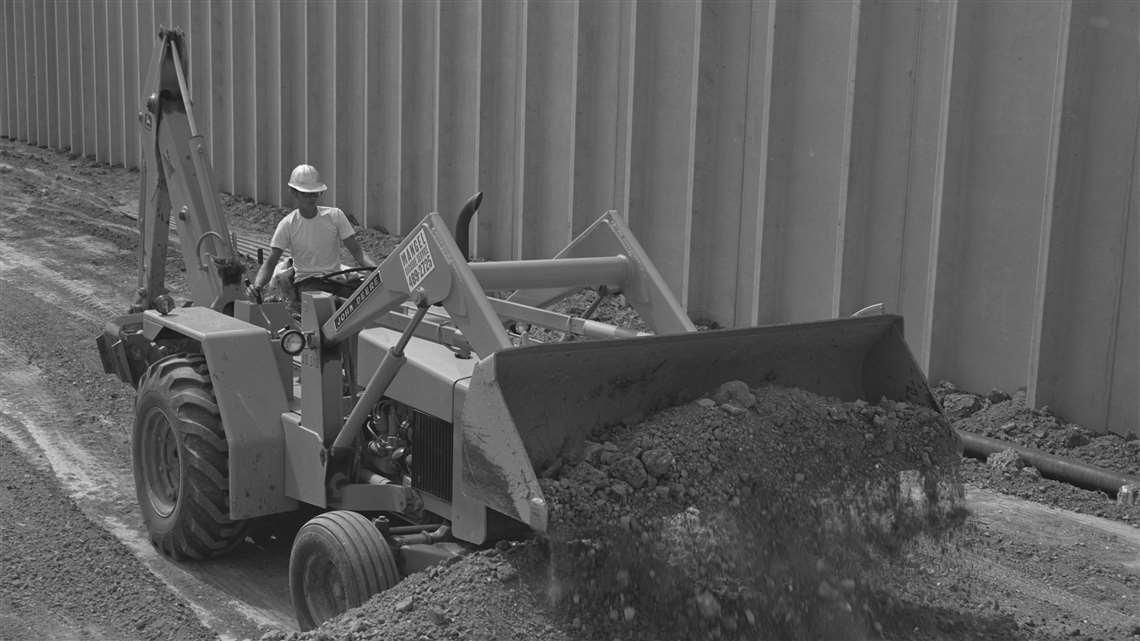 John Deere's 1971 JD310 backhoe loader model