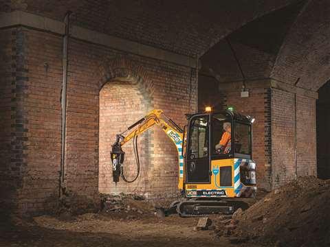 ETECH Mini Excavator 1 web